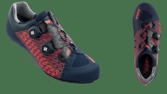 Chaussures de vélo de course de la marque Suplest. Sans lacets avec système de Boa. Couleur : bleu-orange